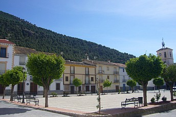 Plaza mayor de Gor (Granada)